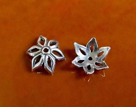 Afbeelding van 10 mm, kralenkapjes, jasmijn, JBB findings, verzilverd tin, 2 stuks