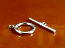 Picture of 11x11 mm, sterling silver clasp, toggle, less is more