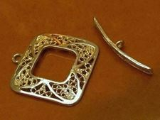 Picture of 22x22 mm, toggle clasp, filigree square, JBB findings, brass