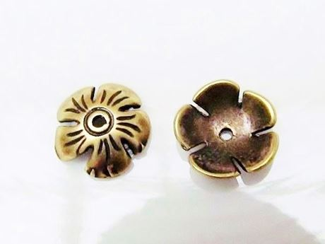 Afbeelding van 10 mm, kralenkapjes, bloem, tin met messing afwerking, 2 stuks