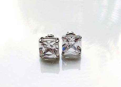 "Afbeelding van Oorknopjes in ""princess slijpvorm"", sterling zilver, vierkante kubiek zirkonia, 8.8 mm breed"